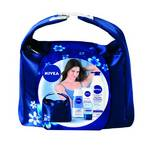 Darčekový balíček Nivea Hydration (odličovač očí, krém na ruce, tělové mléko)