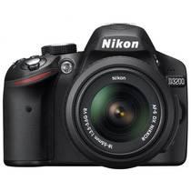 Digitálny fotoaparát Nikon D3200 + 18-55 AF-S DX VR II, stabilizovaný objektív čierny