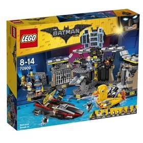 LEGO® BATMAN MOVIE 70909 Vloupání do Batcave