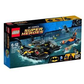 Lego® Super Heroes 76034 Honička v přístavu s Batmanovým člunem