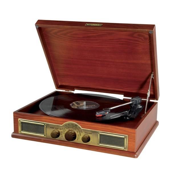Gramofon Hyundai Retro RT 910 dřevo (Náhradní obal / Silně deformovaný obal 2300019852)