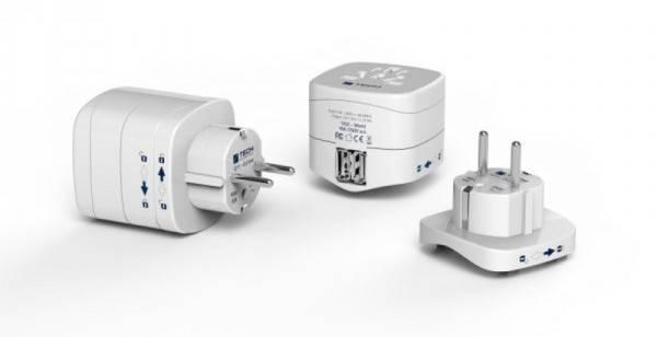 Cestovní adaptér TECH pro cizince v ČR, 2x USB (TBU-956) bílý