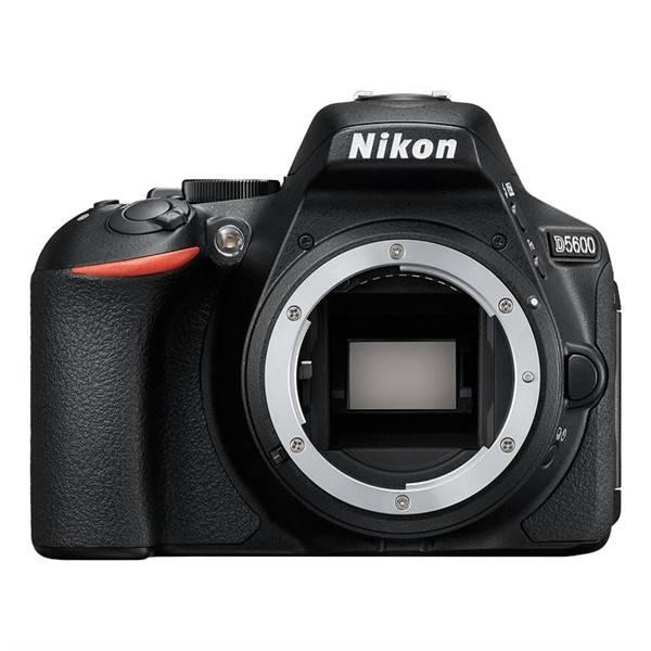 Digitální fotoaparát Nikon D5600 tělo černý