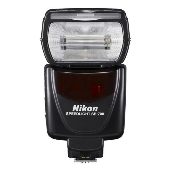 Blesk Nikon SB-700 černý (vrácené zboží 8800234314)