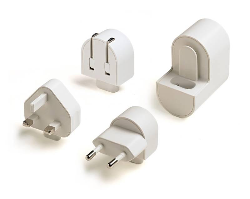 Cestovný adaptér Celly univerzální, 1x USB (TCTRAVELUNI)