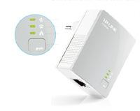 TP-LINK TL-PA4010KIT AV500, bílá