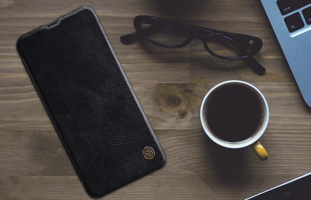 Flipové pouzdro na mobil Nillkin Qin Book