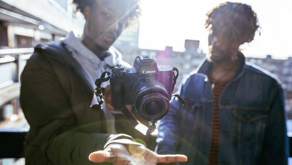 Digitální fotoaparát Canon EOS M50 tělo