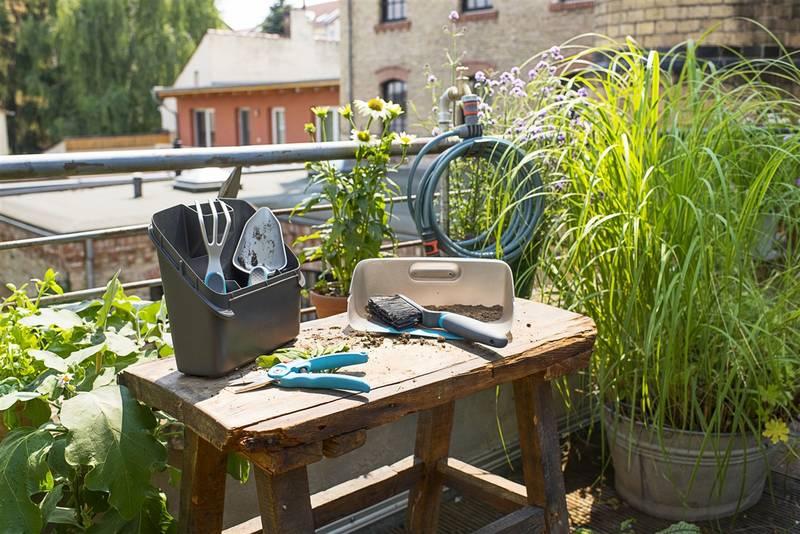 f43639eb15b67 Set zahradního nářadí Gardena pro pěstování květin a bylinek | HEJ.sk