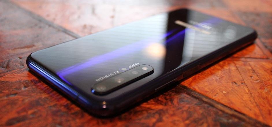mobilní telefon Honor 20